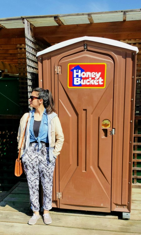 honey bucket